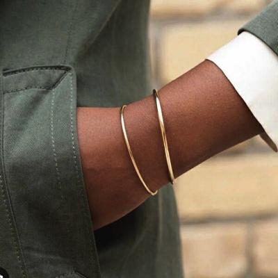 vintage armbanden goud van sieradenmeisje