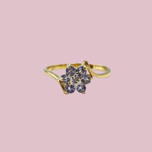 vintage ring van lichtpaarse ioliet en diamant