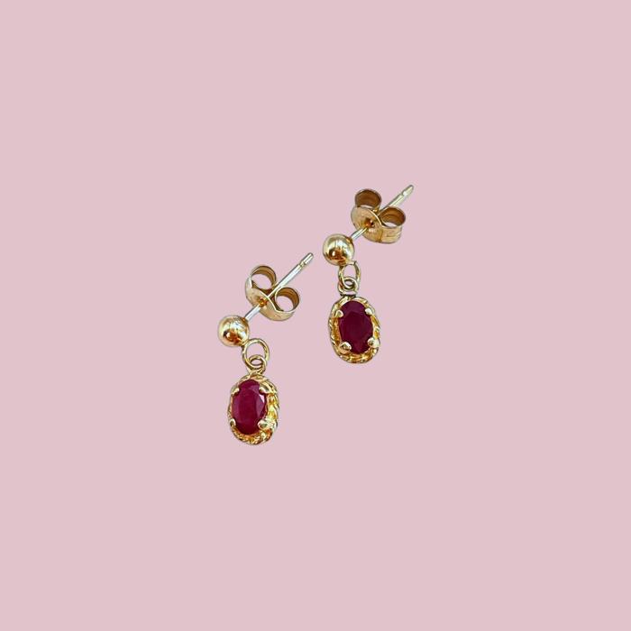 vintage oorbellen robijn hanger goud 9 karaat