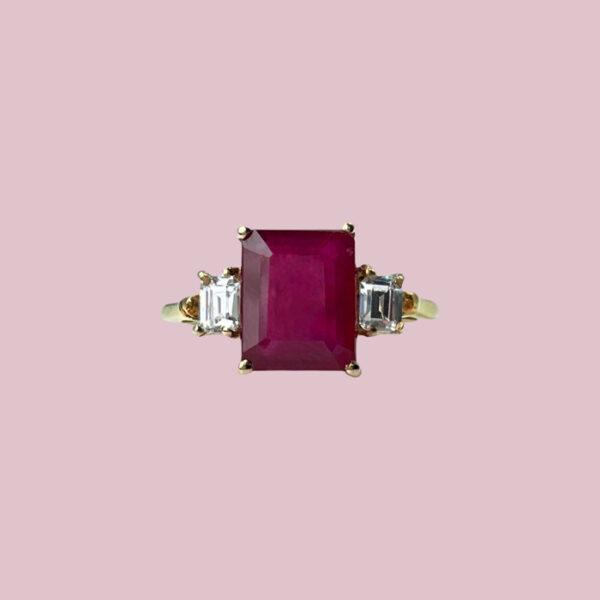 gouden vintage rechthoekige robijn ring met zirkonia's