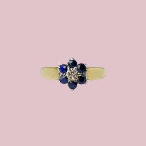 ring met bloem van saffier en diamant