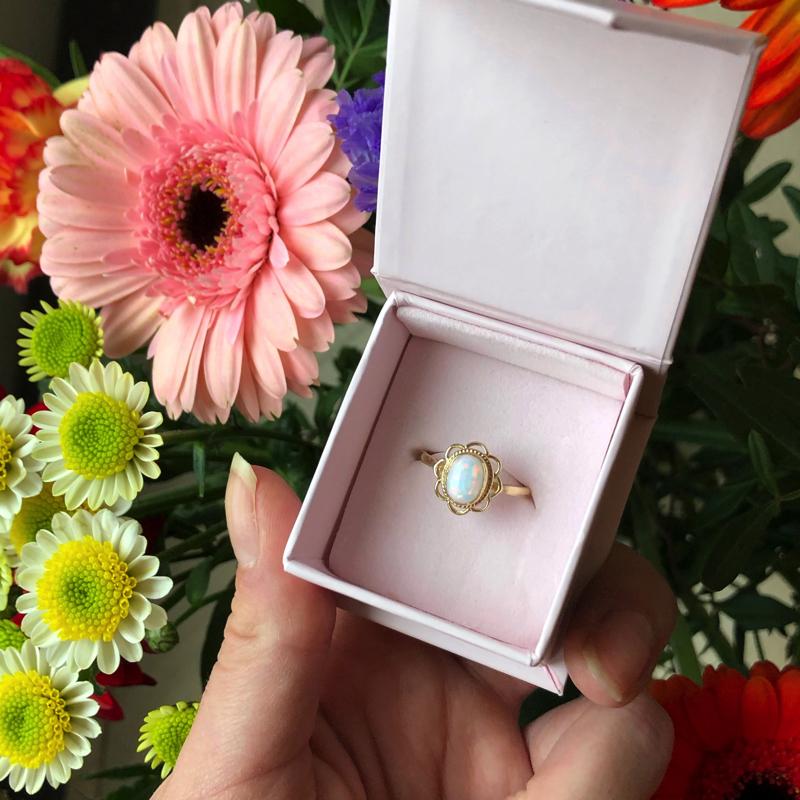 vintage opaal ring in doosje