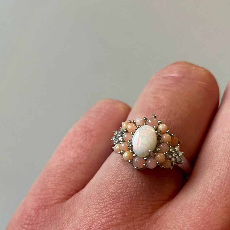 ring met roze en oranje opaal