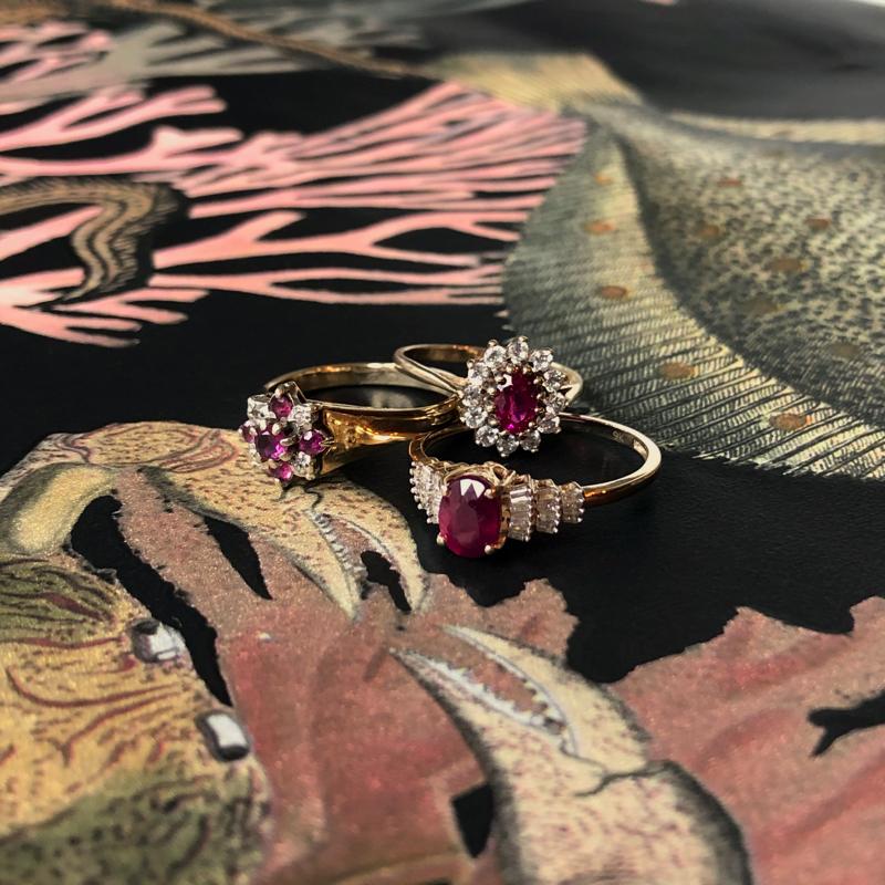 gouden ring met roze edelsteen