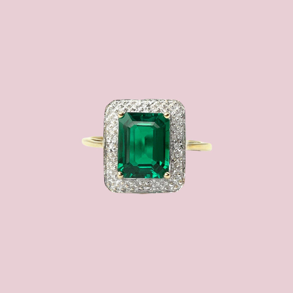 vintage gouden ring met synthetische smaragd en diamant rechthoekig