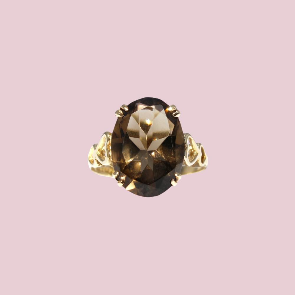 gouden ring met grote rookkwarts vintage